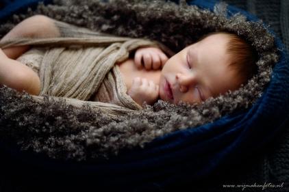 Newborn in ander licht